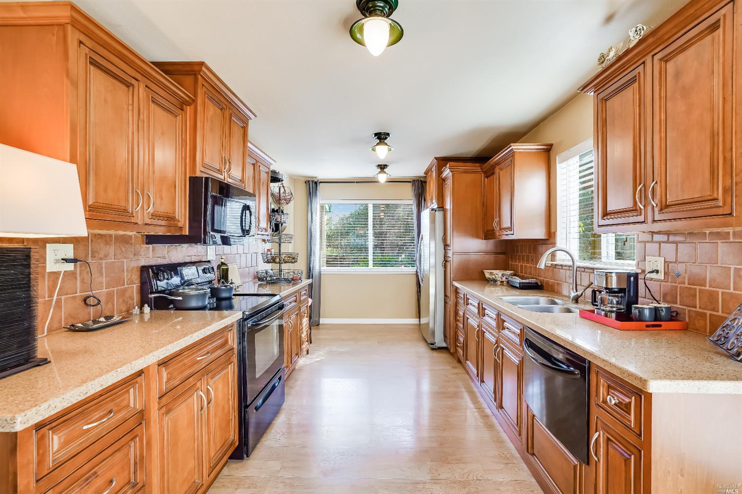Listing 22022555 : 10377  Hillview Road, Windsor, CA, 95492  (photo 34)