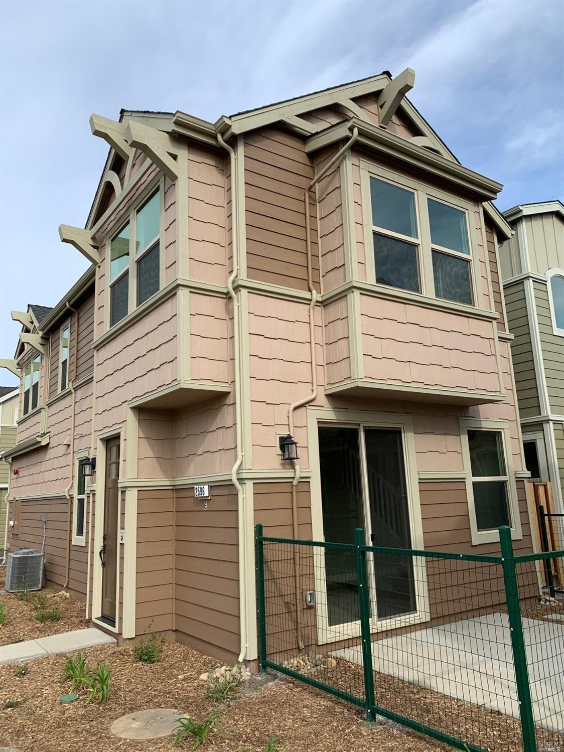 Photo of 2596 1st Street, Napa, CA 94558