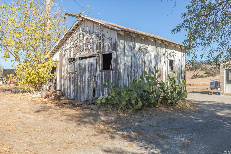 Listing 22027327 : 4695  Old Adobe Road, Petaluma, CA, 94954  (photo 32)