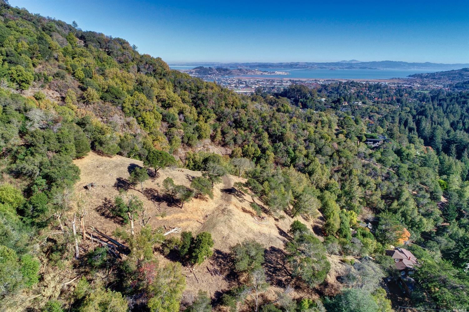 Listing 22025654 : 60  Oak Road, Larkspur, CA, 94939  (photo 13)