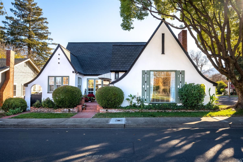 707 W Standley Street, Ukiah, CA 95482