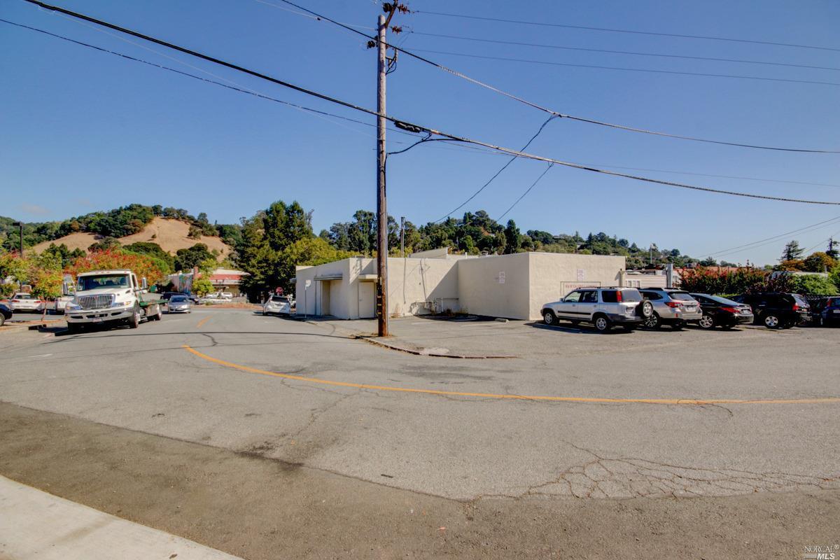 Listing 22029619 : 77  Broadway Boulevard, Fairfax, CA, 94930  (photo 18)