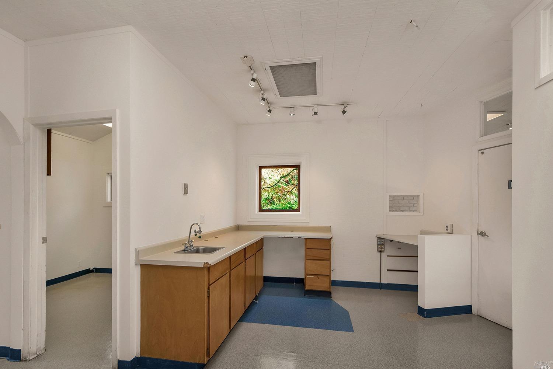 Listing 22028357 : 729  Sir Francis Drake Boulevard, San Anselmo, CA, 94960  (photo 10)