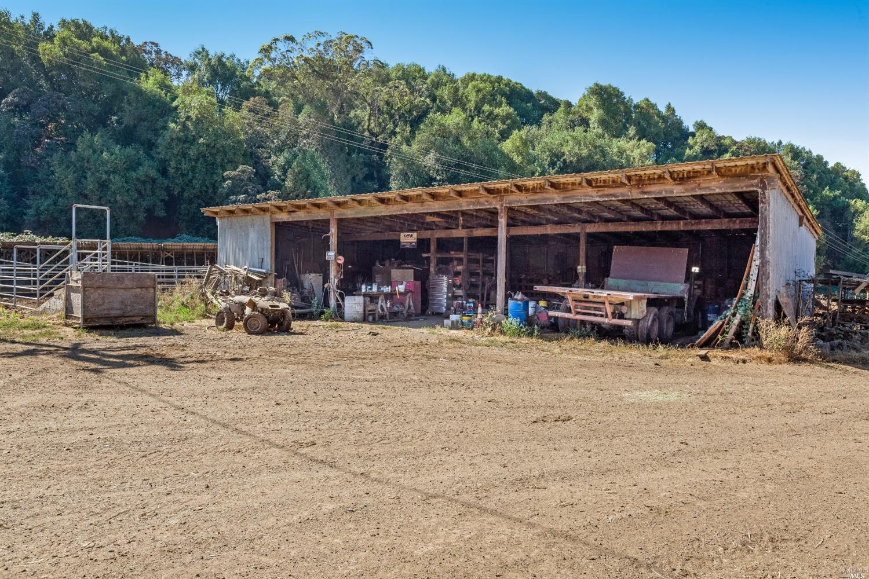 Listing 22030224 : 6701  Red Hill Road, Petaluma, CA, 94952  (photo 34)