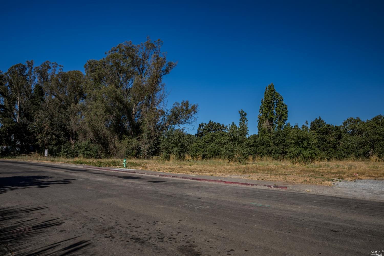 Listing 22031385 : 8772  Lund Hill Lane, Cotati, CA, 94931  (photo 32)