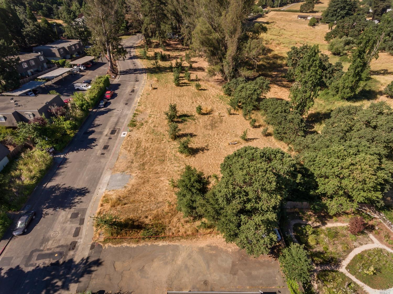 Listing 22031385 : 8772  Lund Hill Lane, Cotati, CA, 94931  (photo 17)