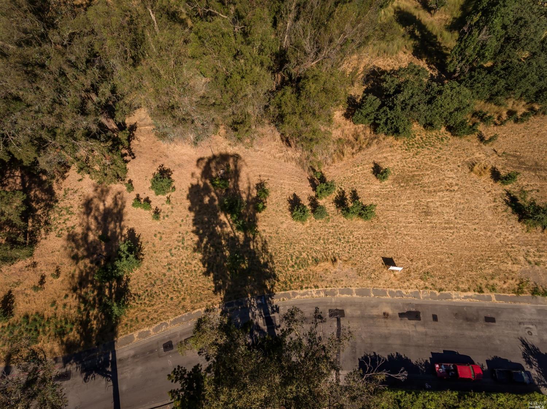 Listing 22031385 : 8772  Lund Hill Lane, Cotati, CA, 94931  (photo 5)