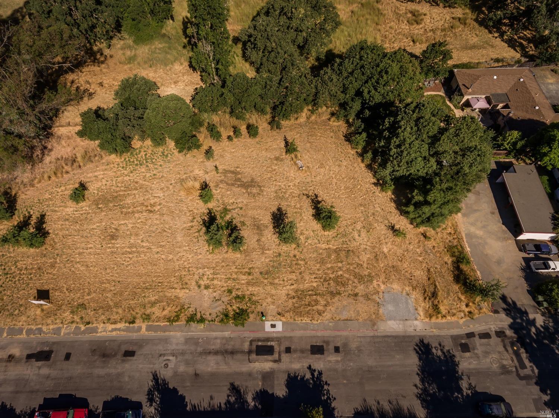 Listing 22031385 : 8772  Lund Hill Lane, Cotati, CA, 94931  (photo 8)