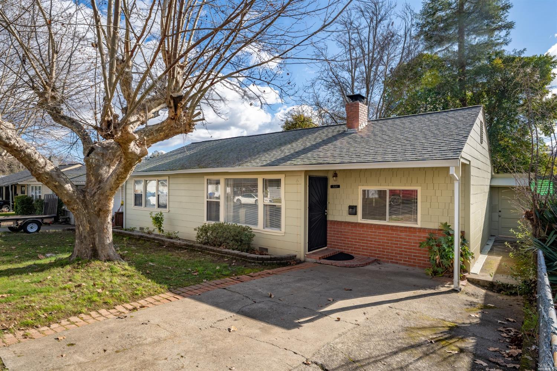 321 Hillcrest Avenue, Ukiah, CA 95482
