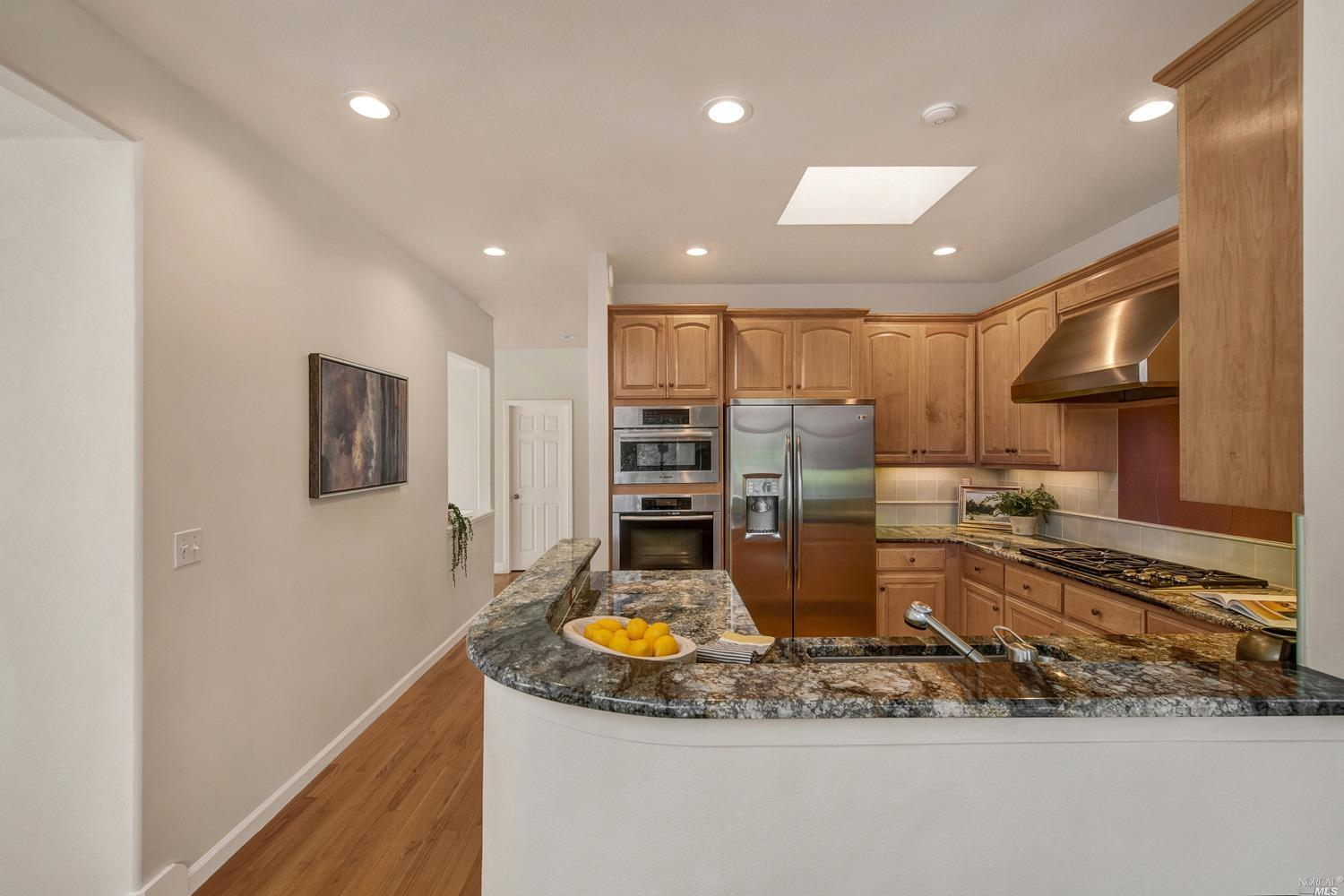 Listing 22034163 : 927  Ventura Way, Mill Valley, CA, 94941  (photo 8)