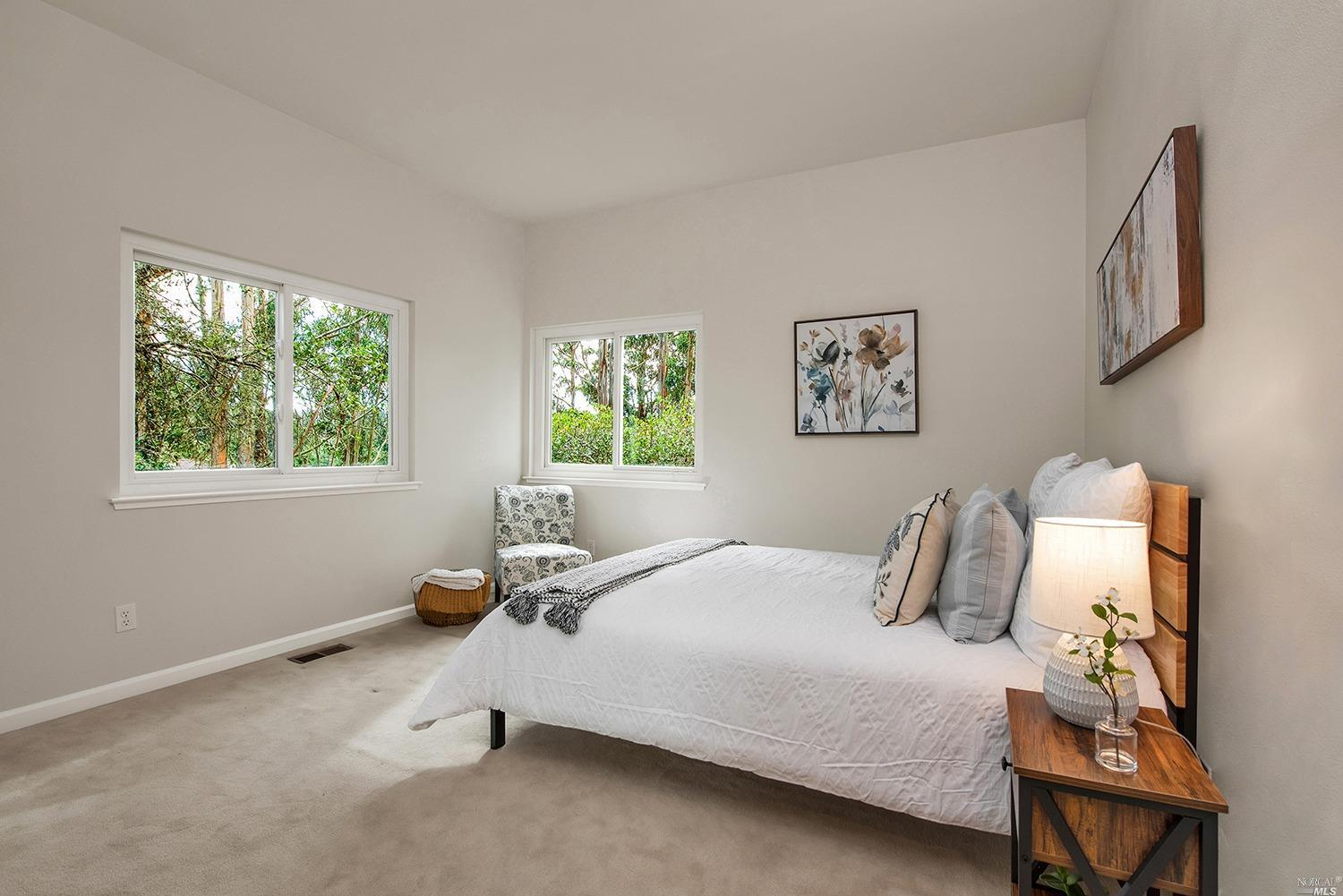 Listing 22034163 : 927  Ventura Way, Mill Valley, CA, 94941  (photo 21)