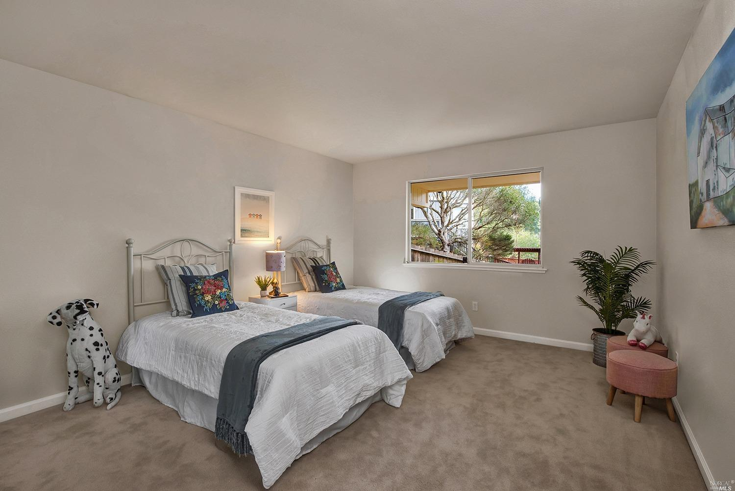 Listing 22034163 : 927  Ventura Way, Mill Valley, CA, 94941  (photo 14)