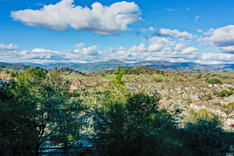 Listing 22033251 : 120  Parkland Farms , Healdsburg, CA, 95448  (photo 12)