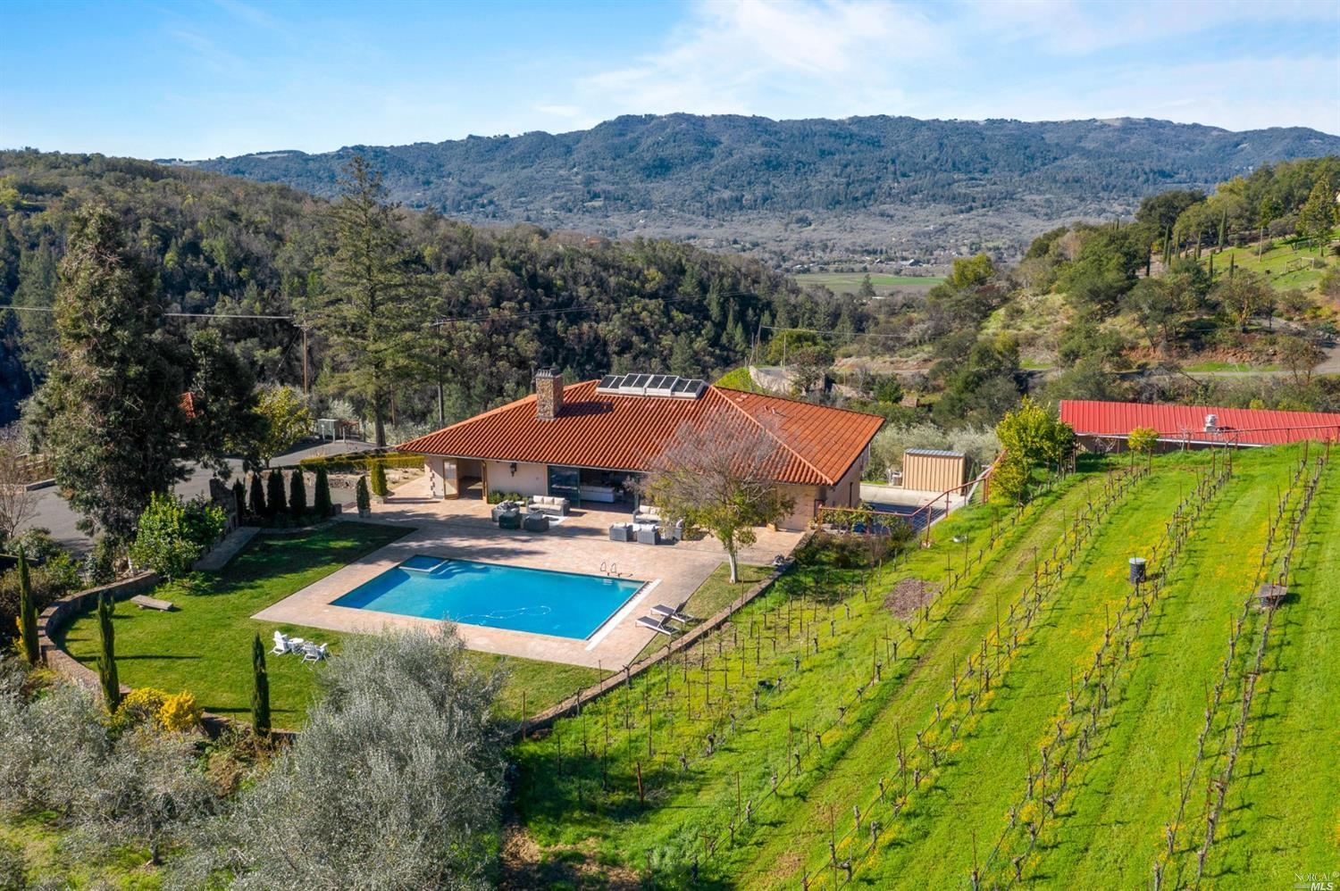 Photo of 990 Cavedale Road, Sonoma, CA 95476