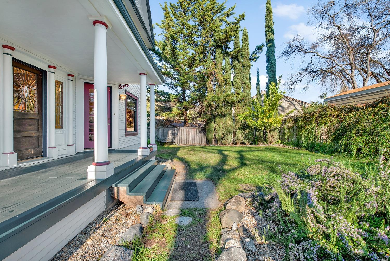 Listing 321006042 : 122  E 4th Street, Cloverdale, CA, 95425  (photo 4)