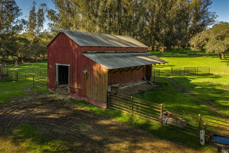 Listing 321014772 : 130  Jewett Road, Petaluma, CA, 94952  (photo 8)