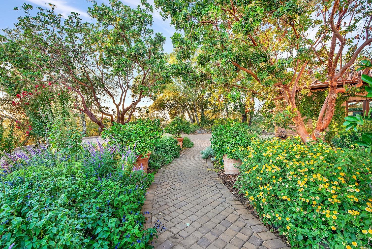 Listing 321019557 : 1121  Highland Ranch Road, Cloverdale, CA, 95425  (photo 26)