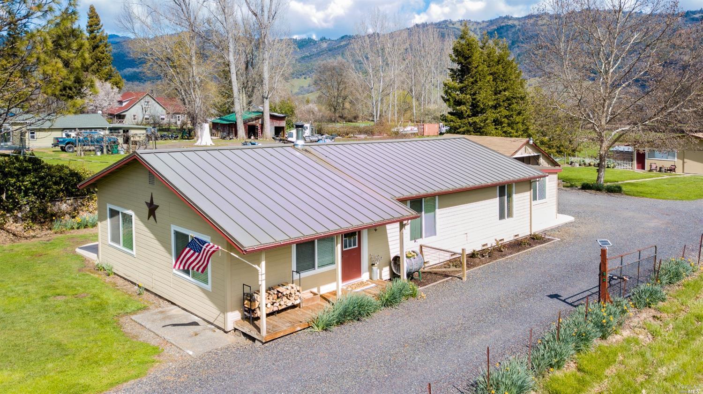 12825 Powerhouse Road, Potter Valley, CA 95469