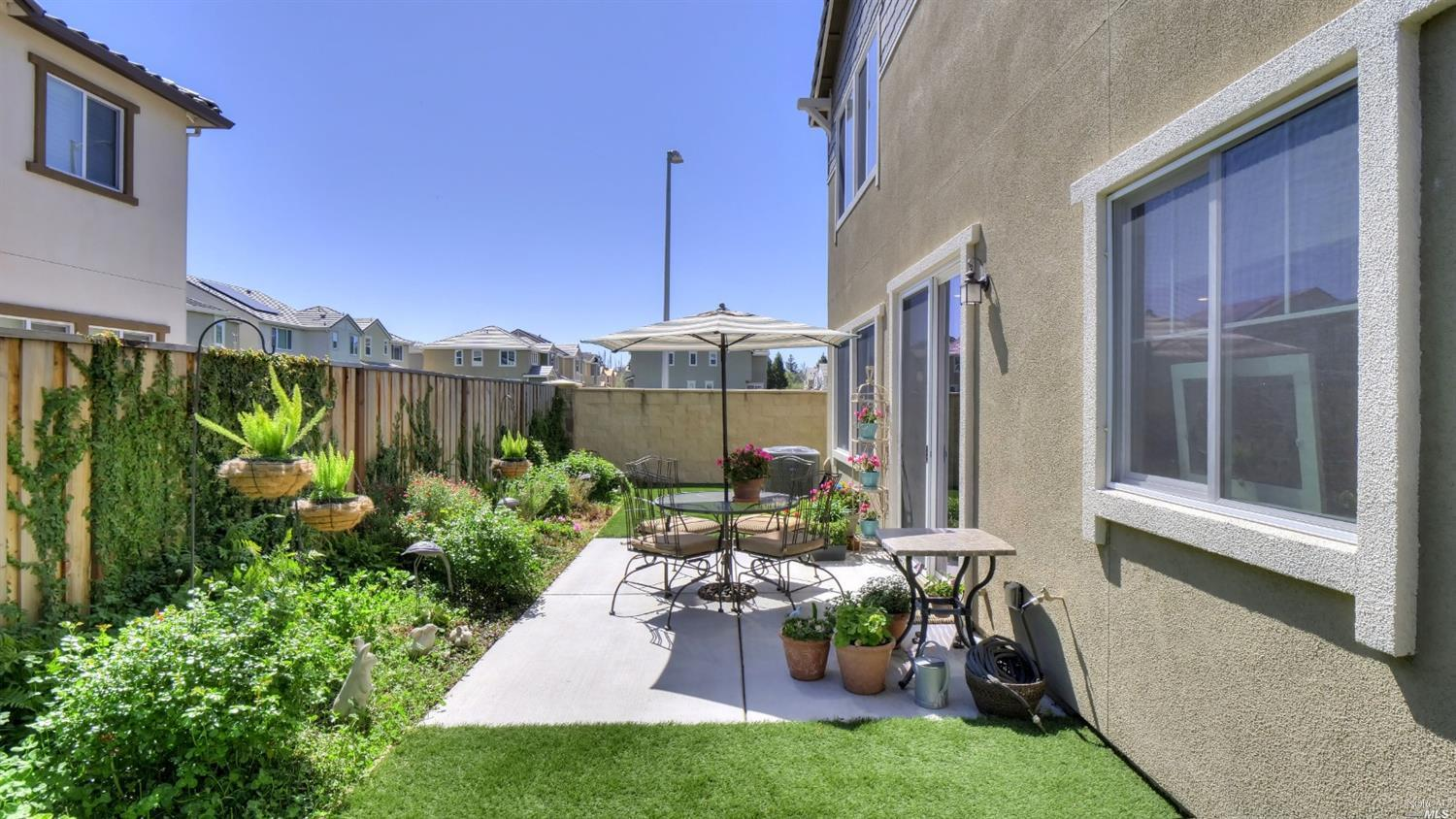 Listing 321019631 : 5564  Kenneth Place, Rohnert Park, CA, 94928  (photo 8)