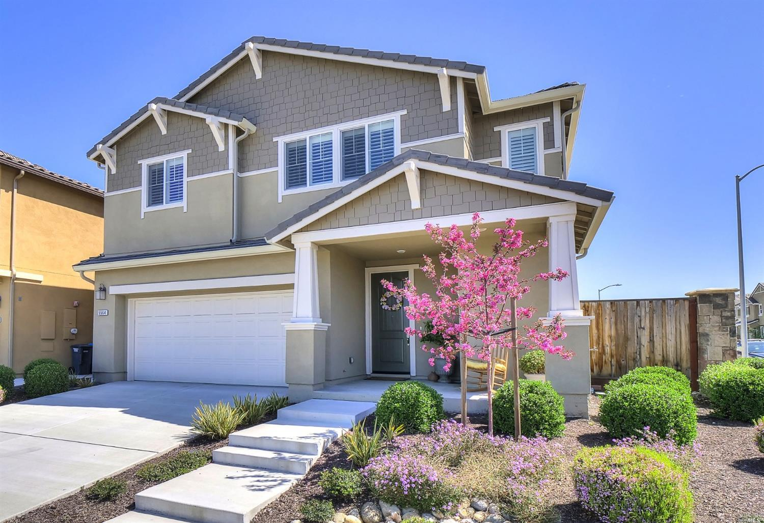 Listing 321019631 : 5564  Kenneth Place, Rohnert Park, CA, 94928  (photo 2)