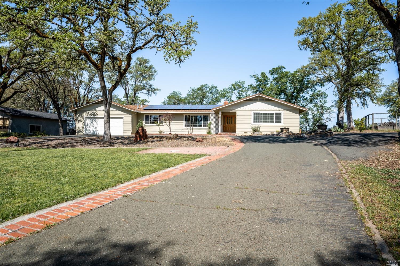 1730 Deerwood Drive, Ukiah, CA 95482