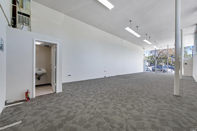 Listing 321023362 : 1  Petaluma Boulevard, Petaluma, CA, 94952  (photo 10)