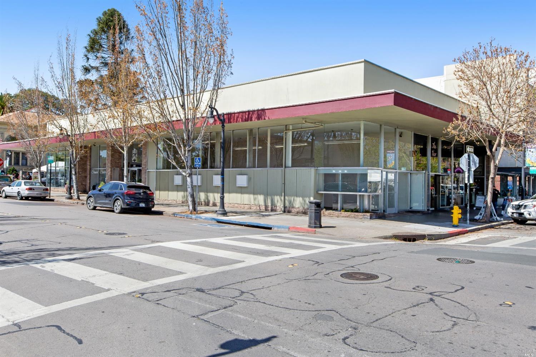 Listing 321023362 : 1  Petaluma Boulevard, Petaluma, CA, 94952  (photo 11)