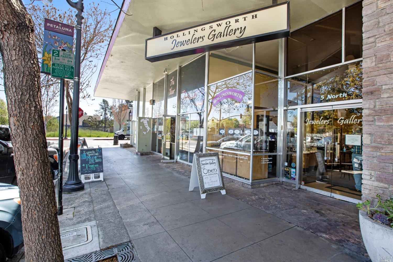 Listing 321023362 : 1  Petaluma Boulevard, Petaluma, CA, 94952  (photo 1)