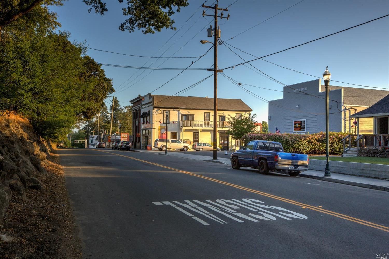 Listing 321030457 : 9562  Main Street, Penngrove, CA, 94951  (photo 32)
