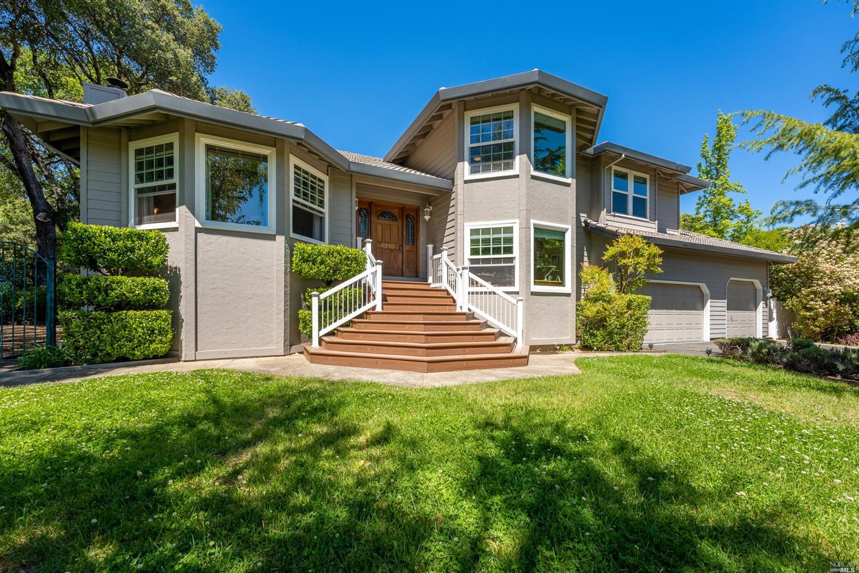 1310 Ridgeview Drive, Ukiah, CA 95482