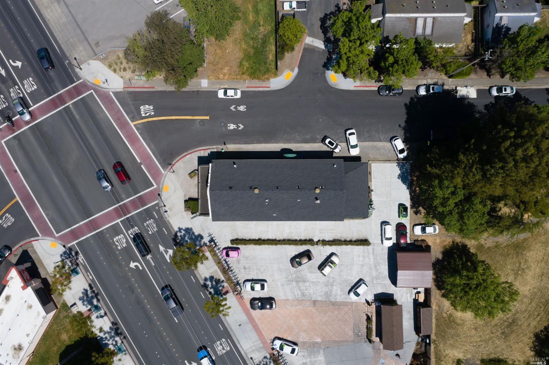 Listing 321032652 : 8000  Old Redwood Highway , Cotati, CA, 94931  (photo 22)