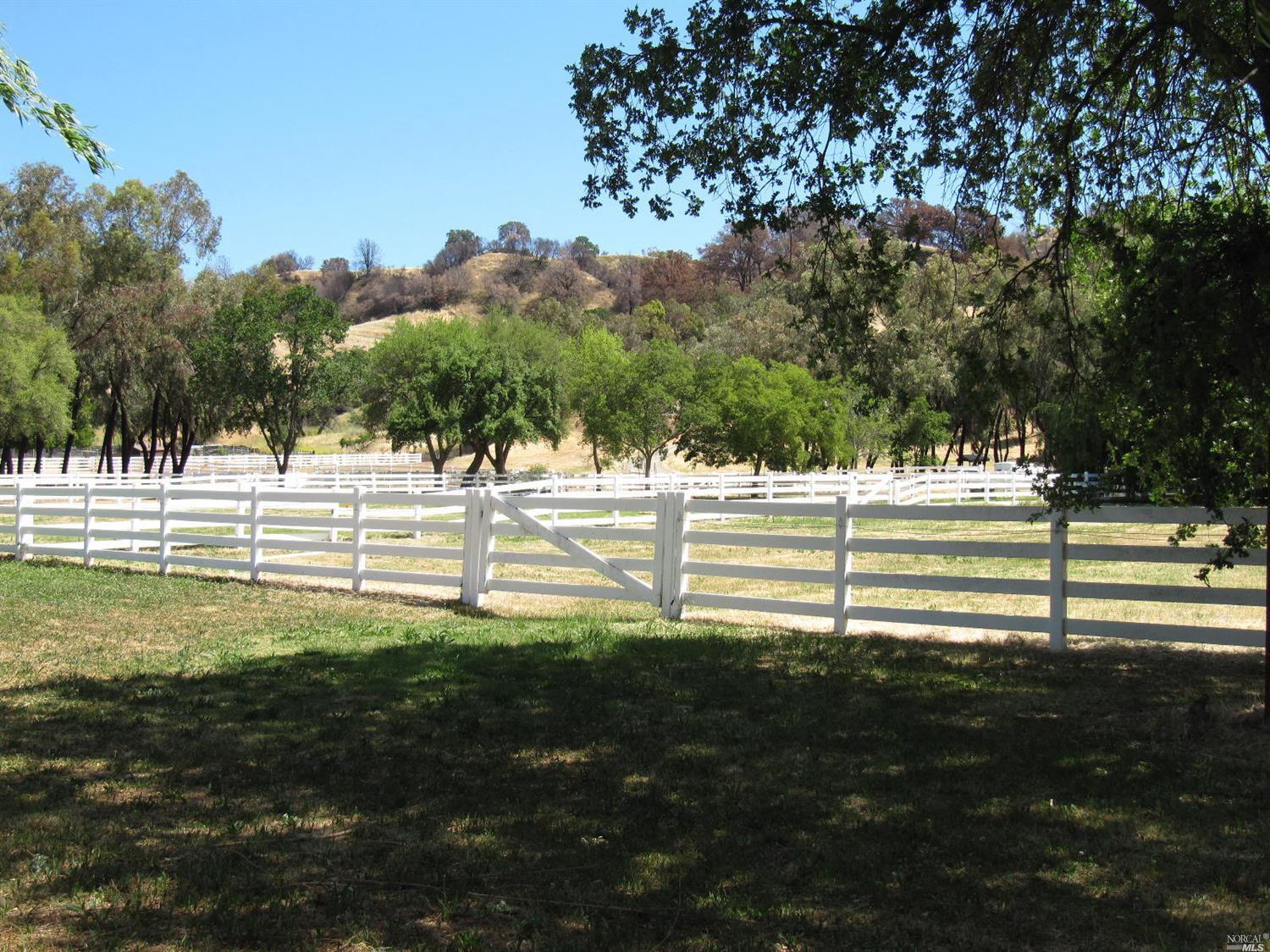 Photo of 3500 Pleasants Trail Road, Vacaville, CA 95688