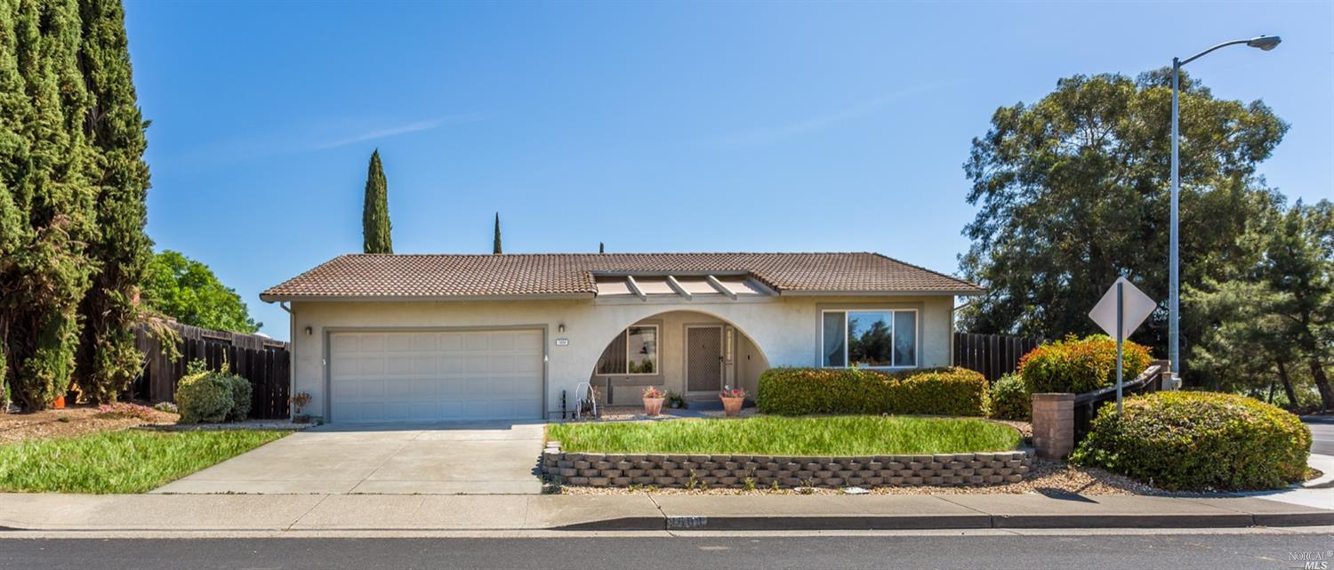 Photo of 1604 Foothill Place, Fairfield, CA 94534