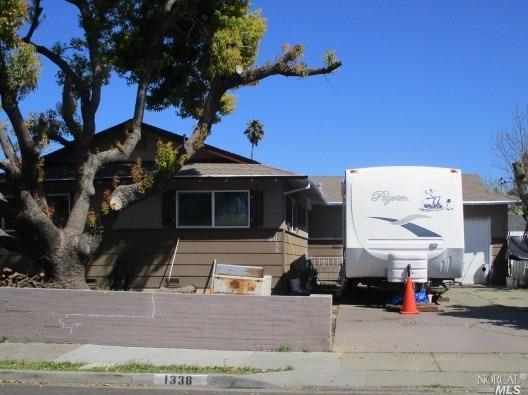 Photo of 1338 Mcminn Avenue, Santa Rosa, CA 95407