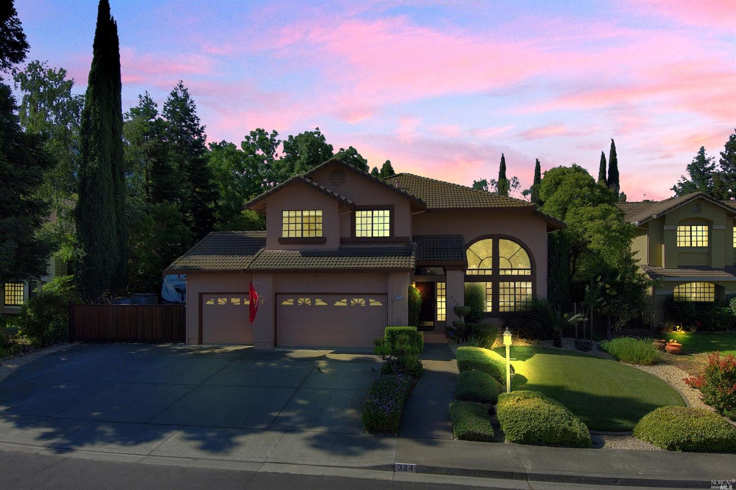 Photo of 324 Kingsberry Circle, Vacaville, CA 95687