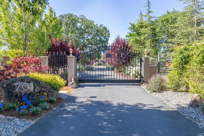 Listing 321049250 : 701  Penngrove Avenue, Penngrove, CA, 94951  (photo 2)