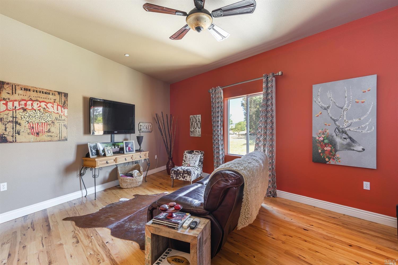 Listing 321049250 : 701  Penngrove Avenue, Penngrove, CA, 94951  (photo 28)