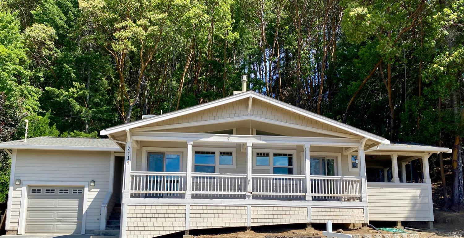 2414 Bear Place, Willits, CA 95490