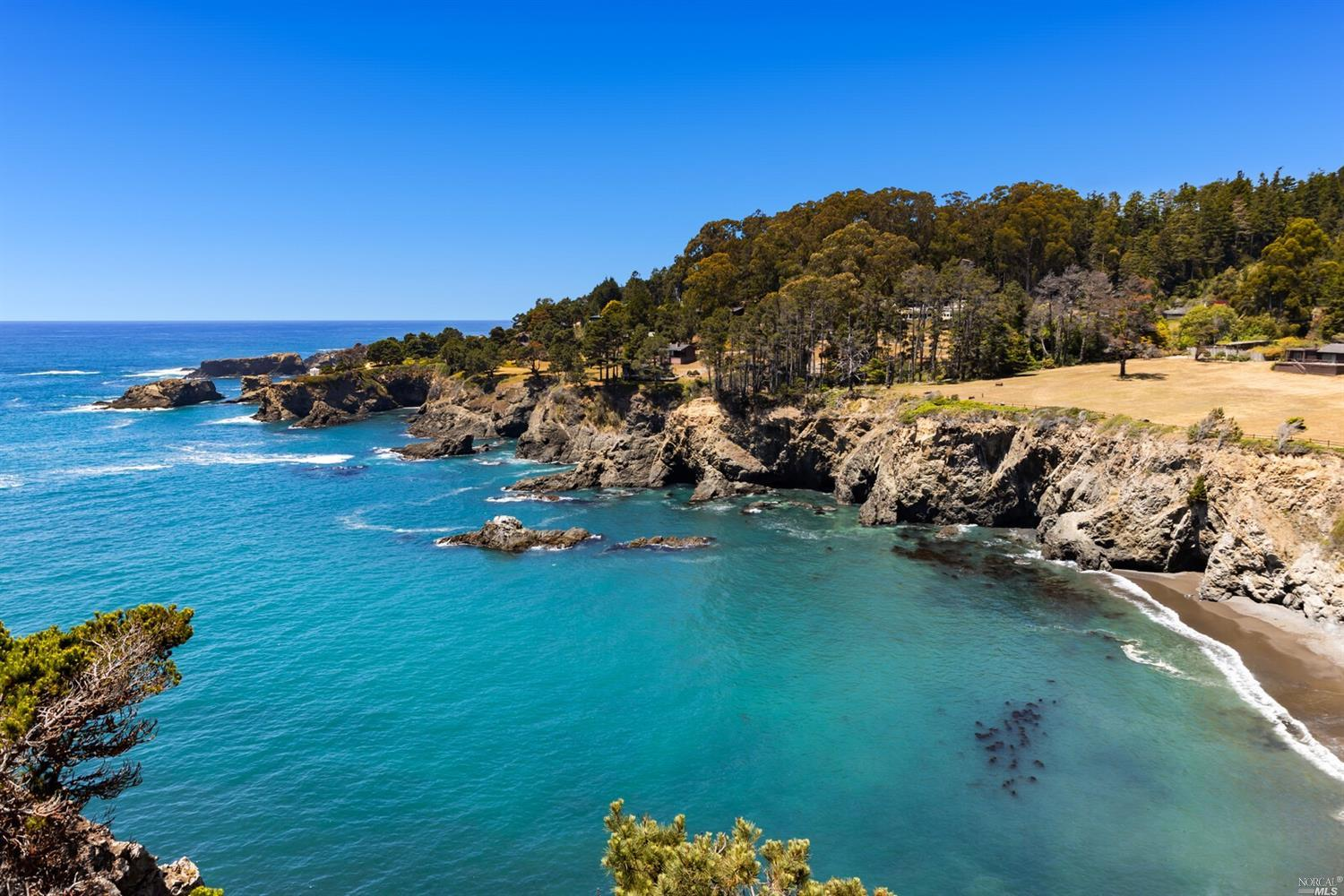 Photo of 4550 N Highway 1, Little River, CA 95456