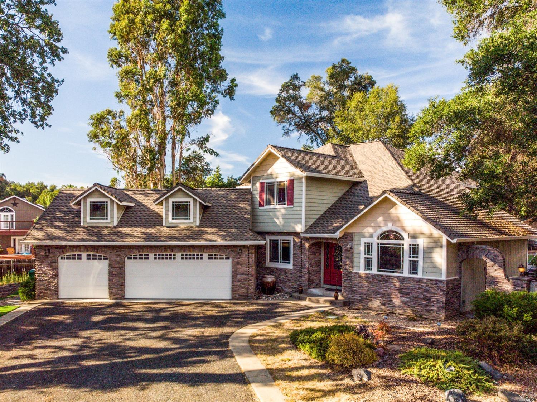 8621 Uva Drive, Redwood Valley, CA 95470