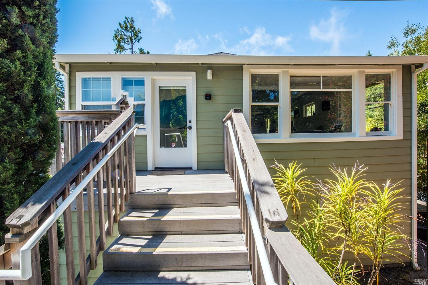 Listing 321056912 : 124  E Blithedale Ave , Mill Valley, CA, 94941  (photo 2)