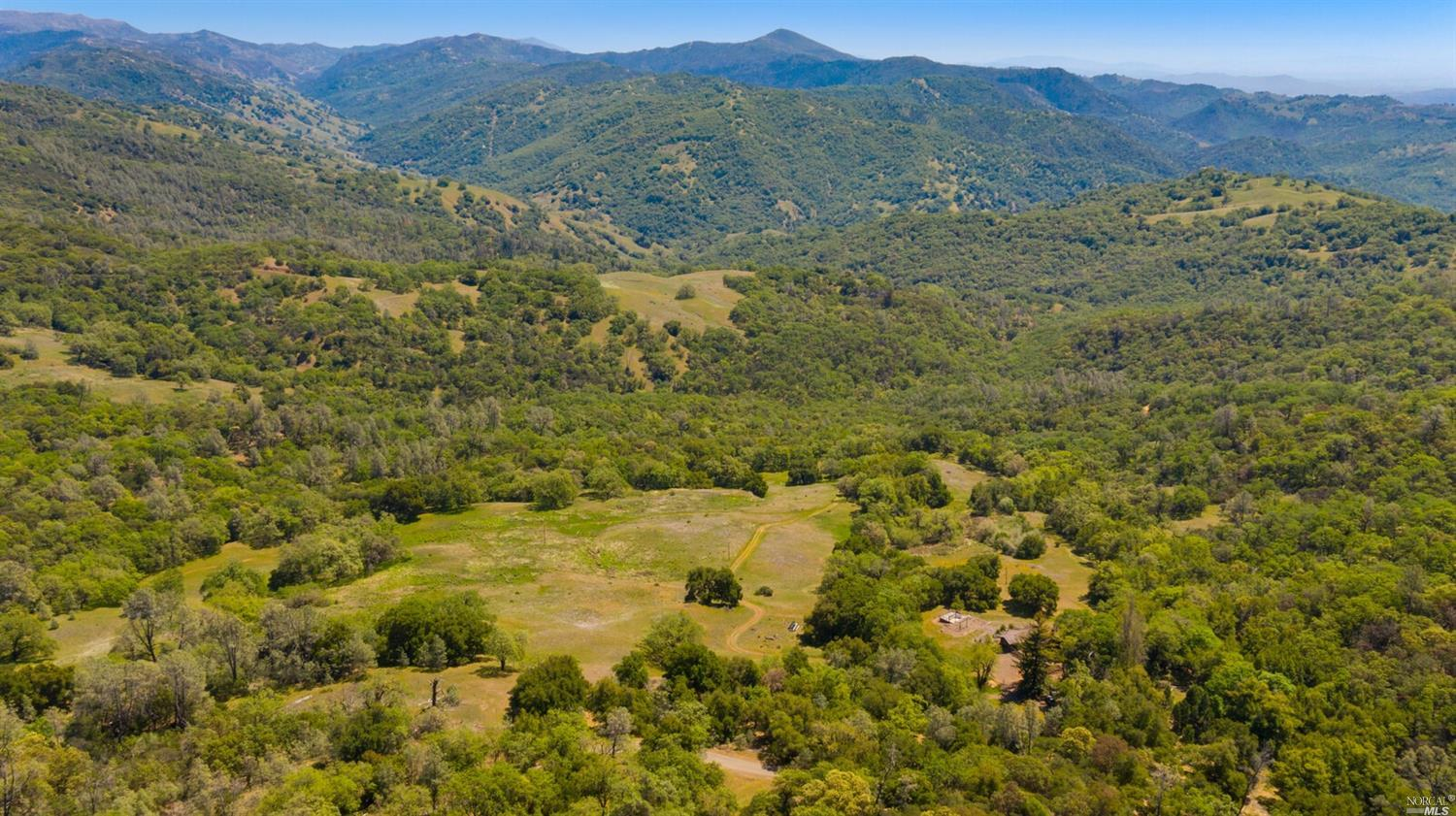 Listing 321059198 : 34333  Pine Mountain Road, Cloverdale, CA, 95425  (photo 3)