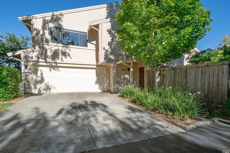 580 Willow Ct, Benicia, CA, 94510