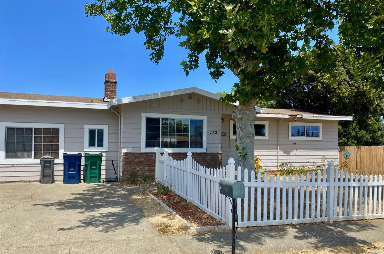 112 Thompson Avenue, Ukiah, CA 95482