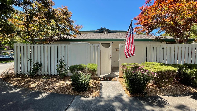 Photo of 42 Belvedere Court, Napa, CA 94559