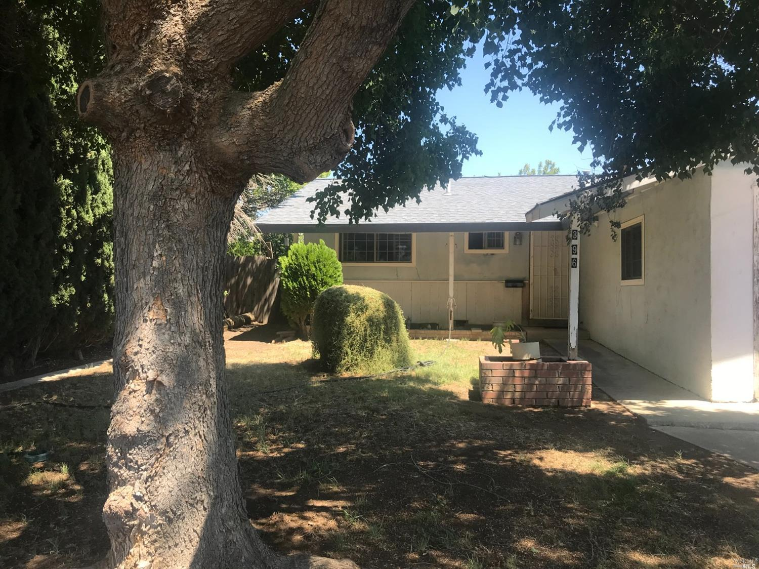Photo of 396 Elsinore Drive, Vacaville, CA 95687