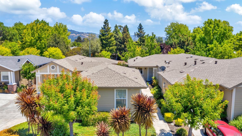 Photo of 9419 Oak Trail Circle, Santa Rosa, CA 95409