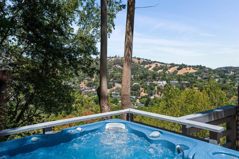 Listing 321066404 : 233  Hillside Drive, Fairfax, CA, 94930  (photo 10)