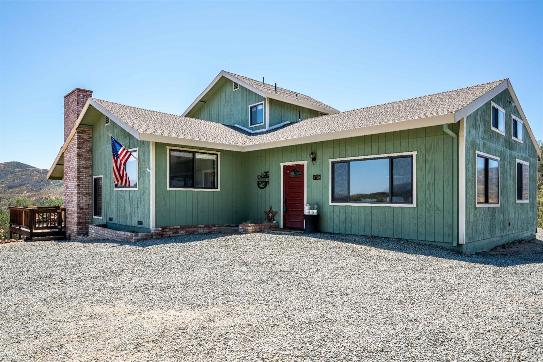 2739 Scotts Creek Road, Lakeport, CA 95453