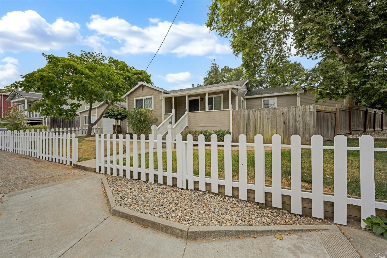 4 Montecito Boulevard, Napa CA 94559
